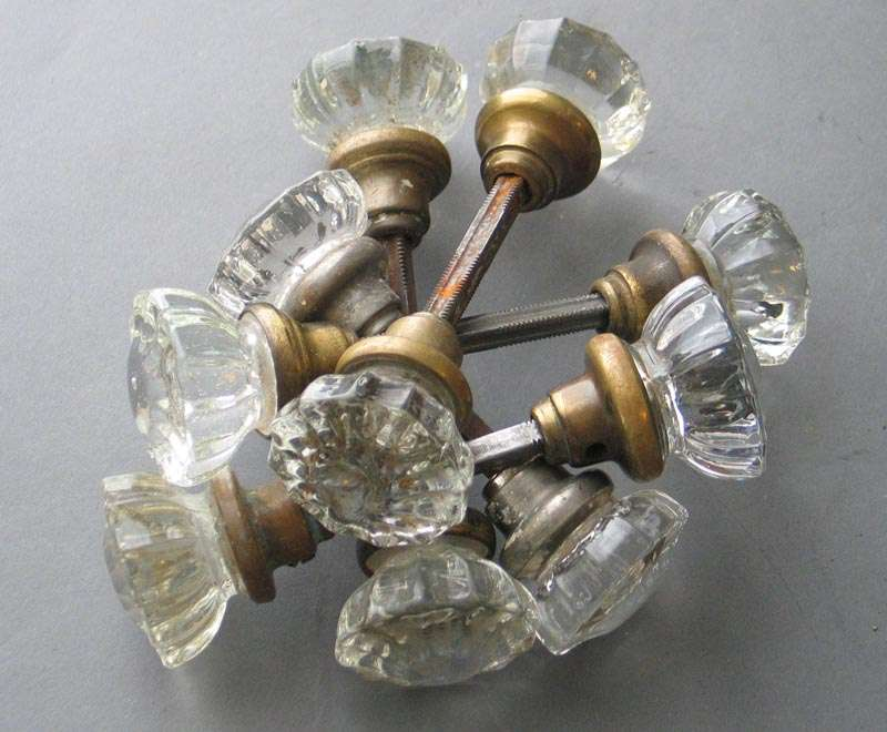 ANTIQUE~VINTAGE 12 POINT CLEAR GLASS /& BRASS DOOR KNOB SET~Crystal~Hardware