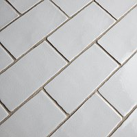 "Antic Craquelle Gris Claro 3"" x 6"" Ceramic Wall Tile - Sold Per Case of 32 - 4.38 Square Feet"