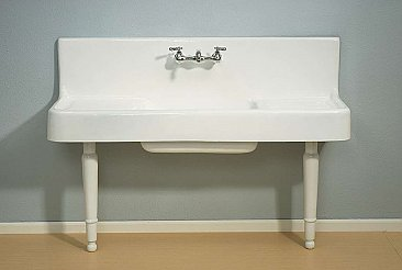 Traditional Farmhouse 5' Porcelain Kitchen Sink with Drainboard and Backsplash with Porcelain Legs